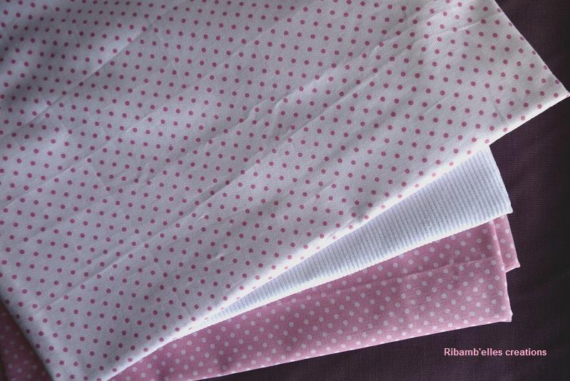 83 - tissus rose lila blanc titre 5