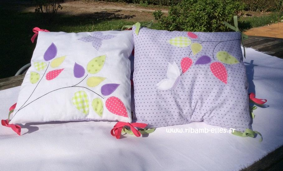 Tour de lit papillons gris pâle et blanc 07