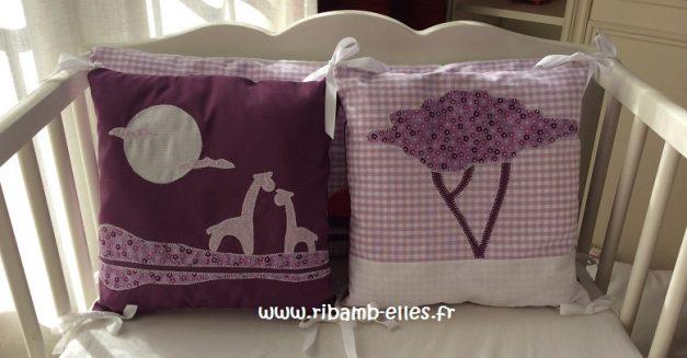 Tour de lit rose violet parme girafes 06