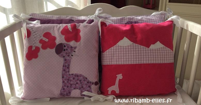 Tour de lit rose violet parme girafes 07