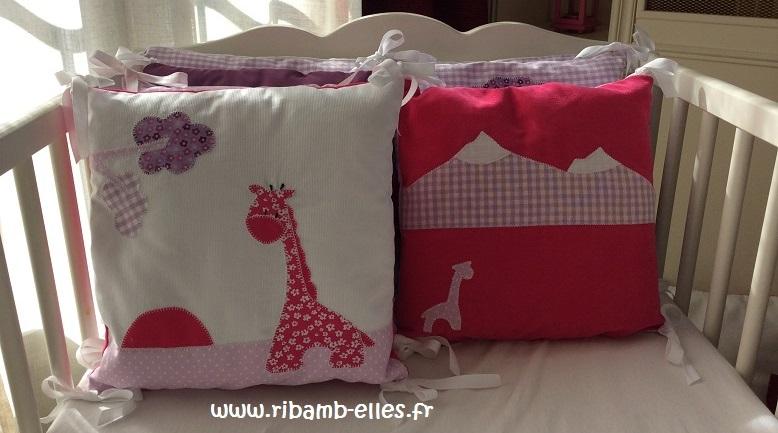 Tour de lit rose violet parme girafes 08