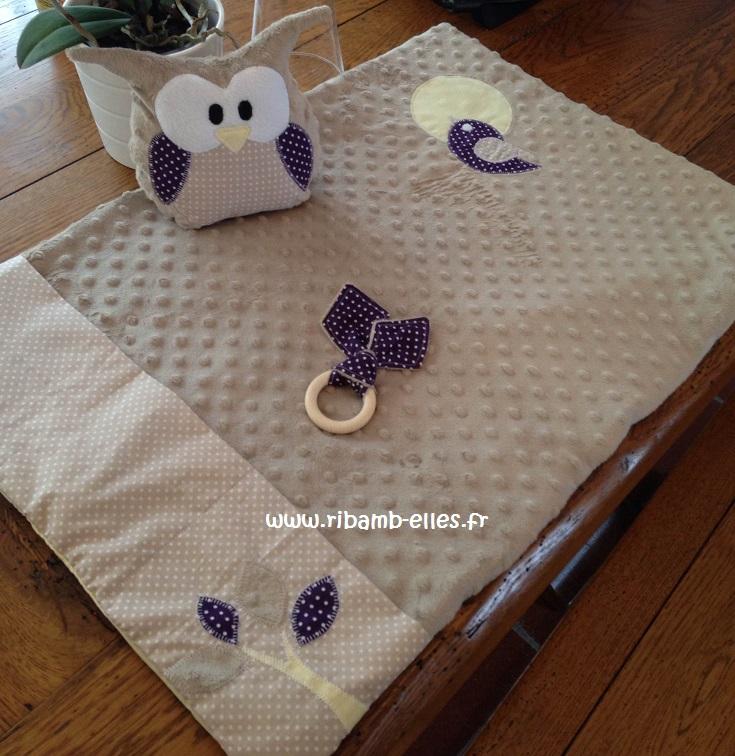 Kit naissance matelas à langer de voyage doudou hibou & anneau violet beige