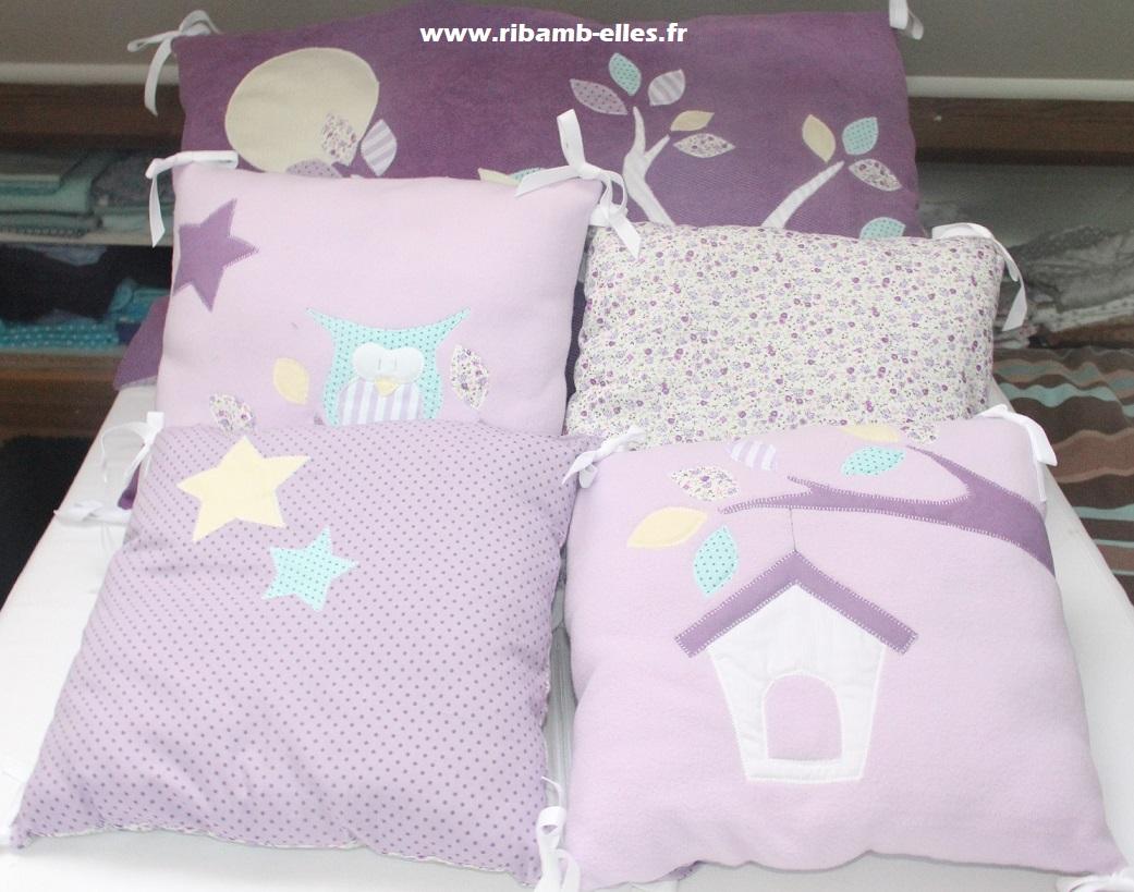 tour de lit hibou parme violet turquoise ribamb 39 elles. Black Bedroom Furniture Sets. Home Design Ideas